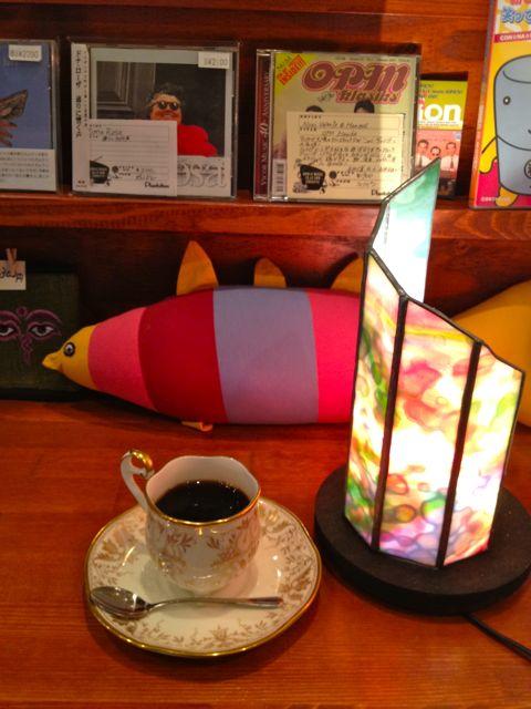 コーヒーと魚とライト